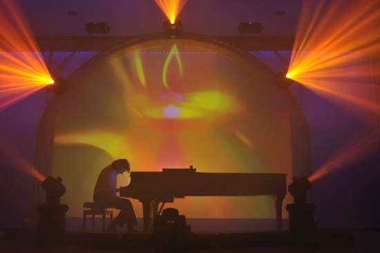 Roland Raphael am Flügel, Konzert Piano Light