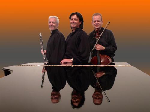 Trio Festivo